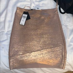 Bcbg metallic rose gold pencil skirt
